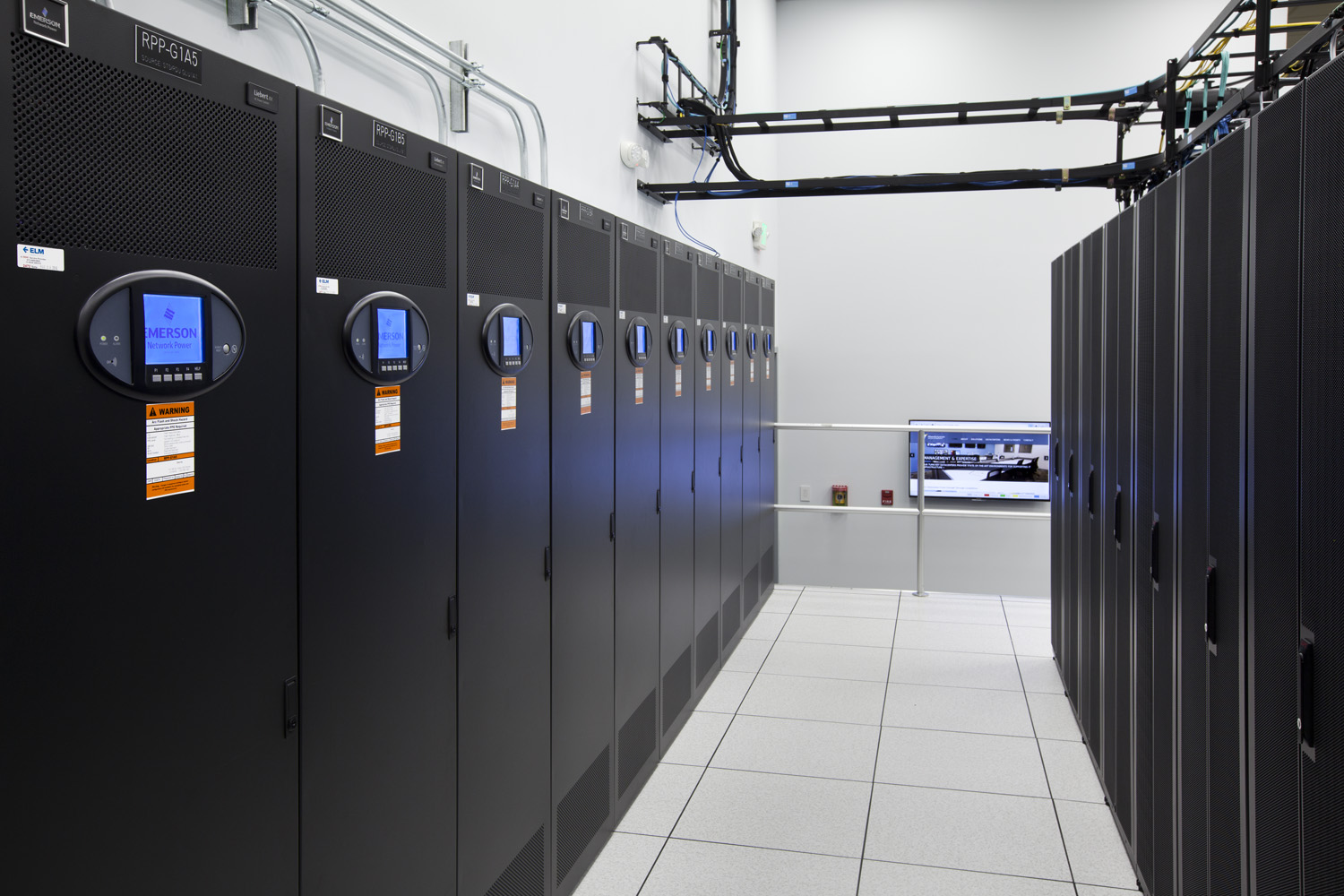 fifteenfortyseven's NY Data Center colocation space