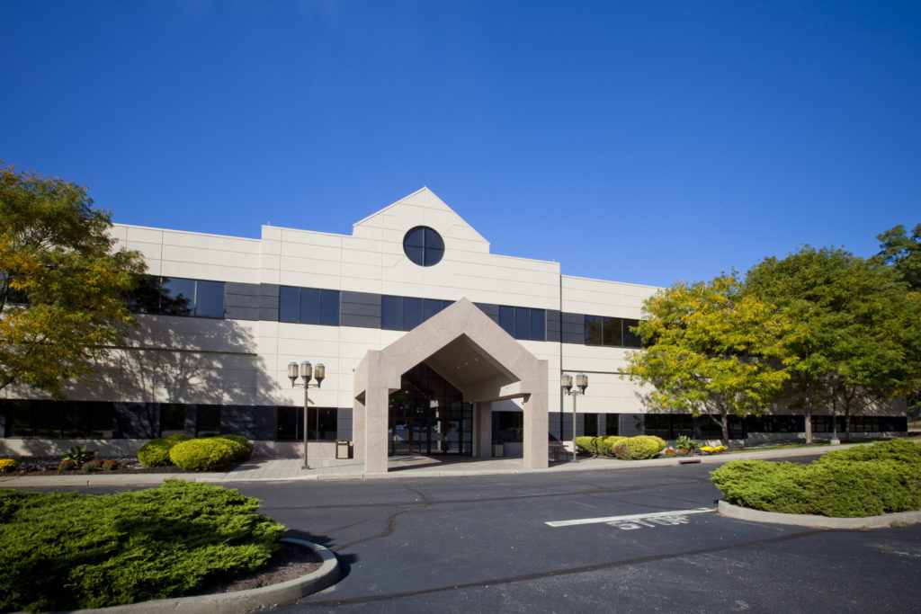 Front of fifteenfortyseven's Orangeburg, New York Colocation and Data Center facility